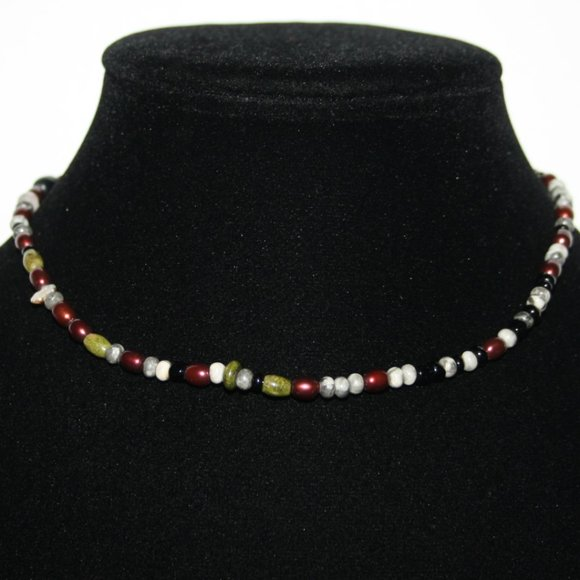 """Pretty bead and pearl necklace 14"""""""